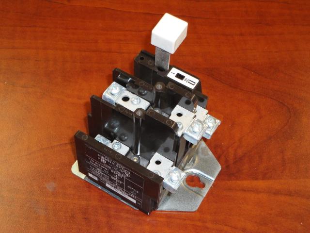 C300cna3 size 1 overload relay cutler hammer motor for Cutler hammer motor control center