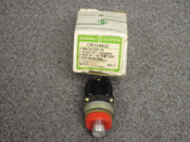 GENERAL ELECTRIC *OEM* MINATURE OILTIGHT PUSHBUTTON, PART# CR104A31