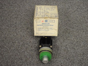 GENERAL ELECTRIC *OEM* MINATURE OILTIGHT PUSHBUTTON, PART# CR104A51