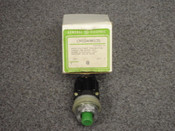 GENERAL ELECTRIC *OEM* MINATURE OILTIGHT PUSHBUTTON, PART# CR104A8105