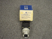 GENERAL ELECTRIC *OEM* MINATURE OILTIGHT PUSHBUTTON, PART# CR104A8212