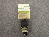 GENERAL ELECTRIC *OEM* MINATURE OILTIGHT SWITCH, PART# CR104B422